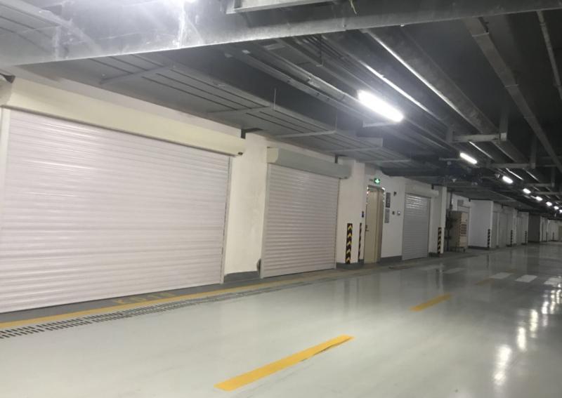 大连东港商务区海韵华府地下停车场